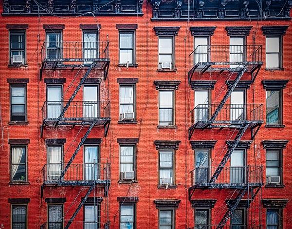 2018_194 - Facade - New York by ALEJANDRO DEMBO