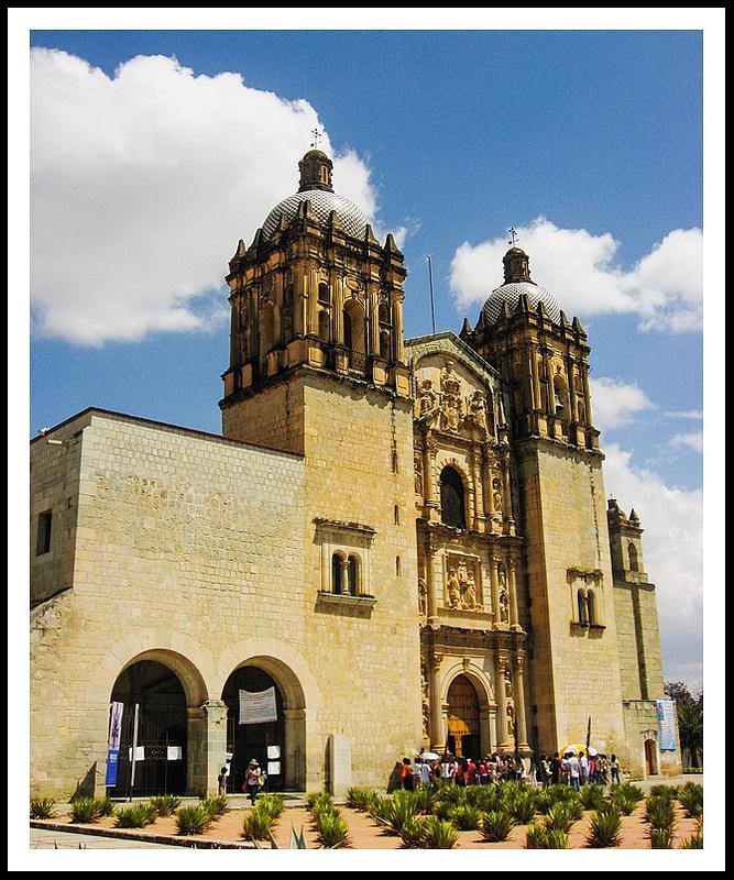 10 St Domingo Church