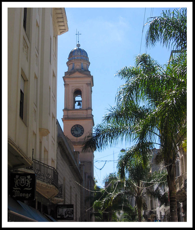 7 Old town, Montevideo, Uruguary