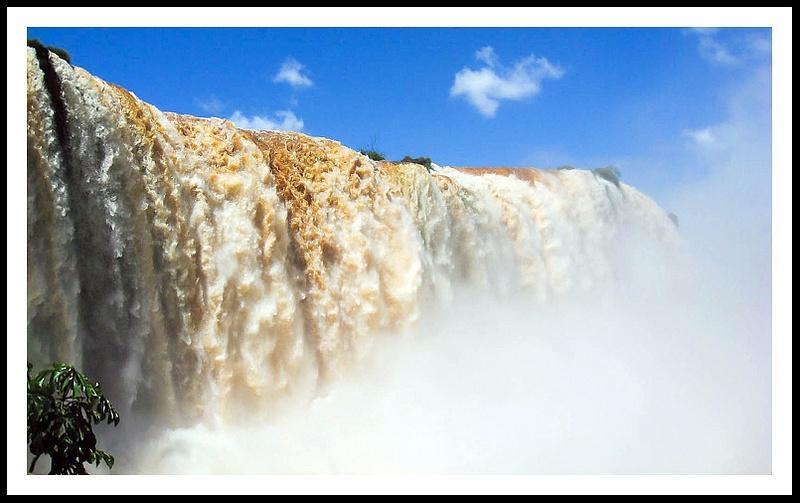 34 Iguazu falls