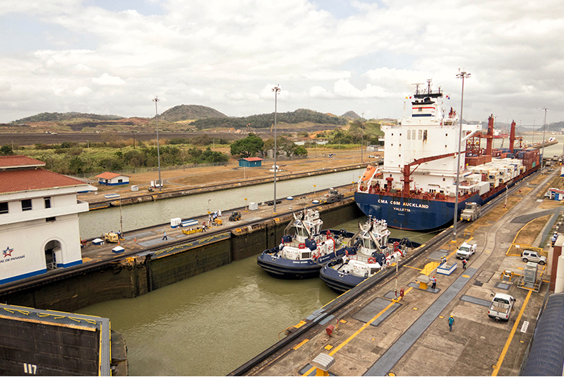 Panama canal in use