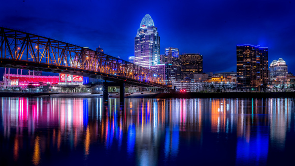 Cincinnati Skyline Night-1 - Nature - Fred Copley Photography