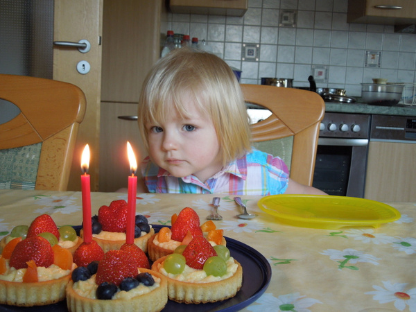 Isabel's second birthday by DavidBlakeley by DavidBlakeley