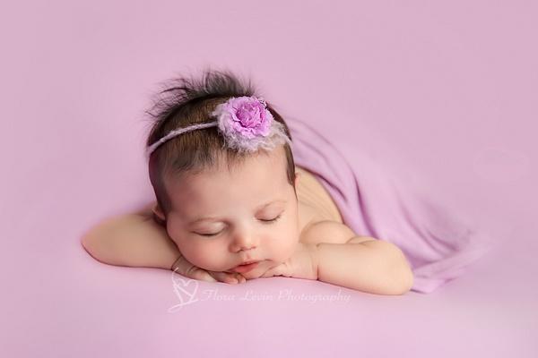 Baby Girl Chin Up - Newborn - Flora Levin Photography