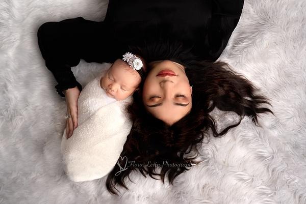 Flora_Levin-13 - Newborn - Flora Levin Photography