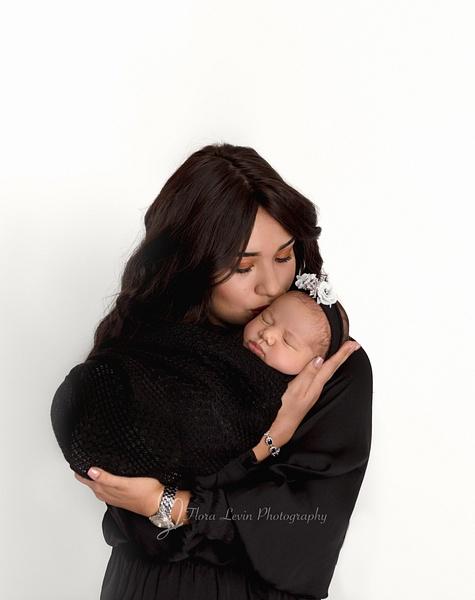 Flora_Levin-4 - Newborn - Flora Levin Photography