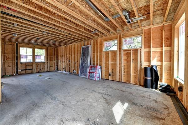 Living_dining_kitchen-before - Virtual Renovation - Stellar Real Estate Marketing