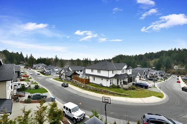 C-6 - Exterior - Stellar Real Estate Marketing