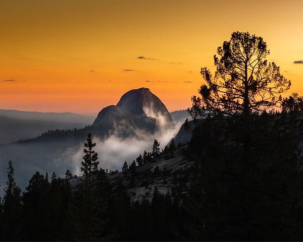 Half Dome_Yosemite_sunet - Sun - Stan Pechner