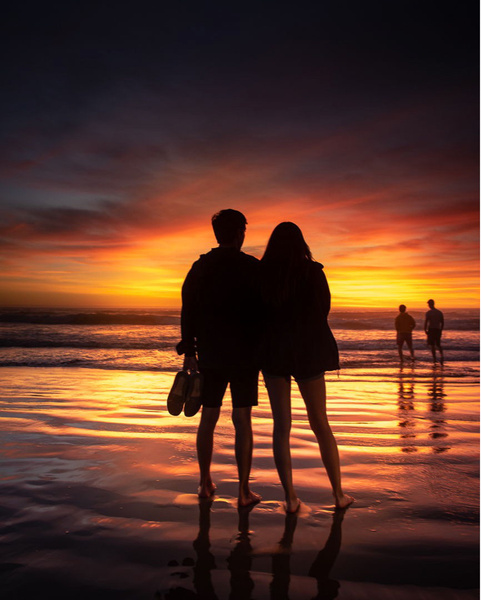 Lovers_Pismo Beach_sunset - Sun - Stan Pechner