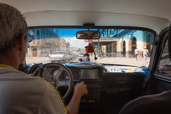 It's a short drive... - Cuba - Sten Pechner