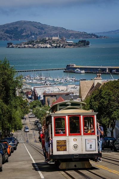 CA.SF713_830 - Portfolio - Jonathan C.Watson