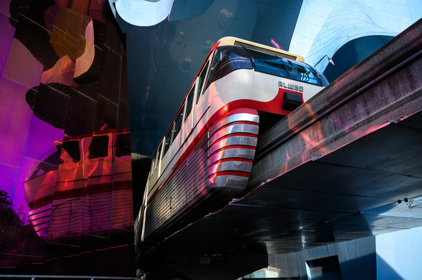 Seattle: Seattle Center Monorail passing through the Museum of Pop Culture (MoPOP) - Spotlight: Seattle - Jonathan C. Watson Photography