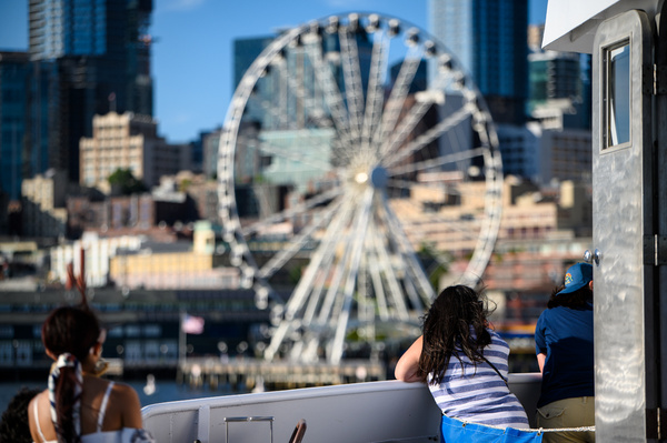 Seattle: The Seattle Great Wheel (Pier 57) from an Argosy Cruises harbor cruise - Spotlight: Seattle - Jonathan C. Watson Photography