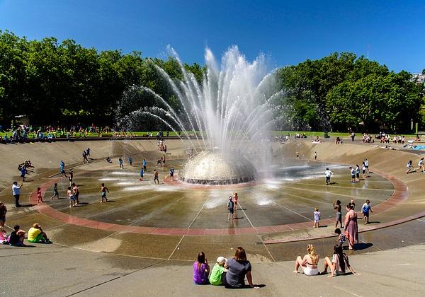 Seattle: International Fountain (Seattle Center) - Spotlight: Seattle - Jonathan C. Watson Photography