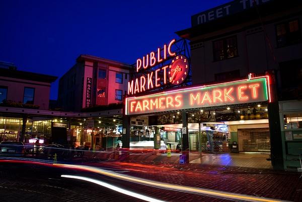 Seattle: Pike Place Market - Spotlight: Seattle - Jonathan C. Watson Photography