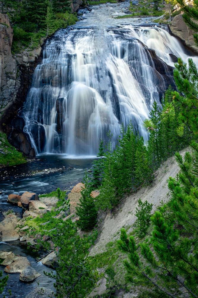 Waterfall Landscape Photographer