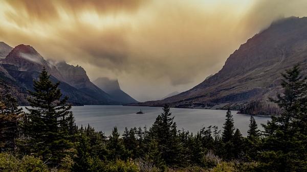 Wild Goose Island Lake - Glacier National Park, Montana - Fine Art Photographer and Wall Art Photography