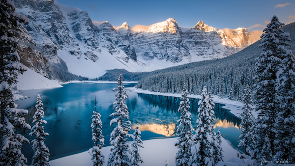 Moraine Lake under snow - Tim shields photography
