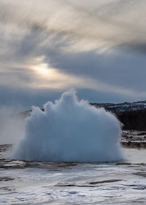 Geysir Eruption 3
