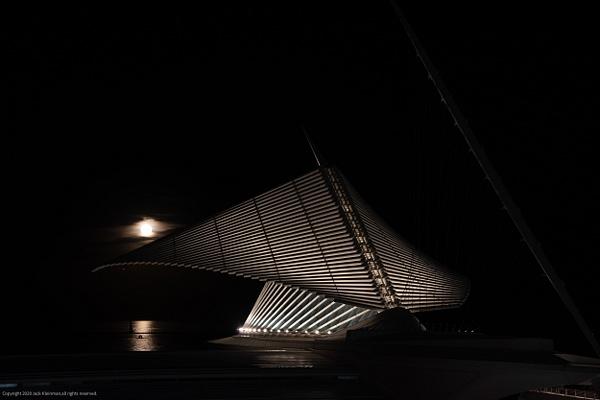 MAM & Moon-47-September 02, 2020.jpg - Milwaukee and Wisconsin - Jack Kleinman Photography