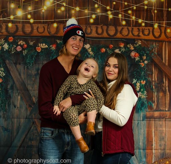 Smith Family - Home - PhotographyScott