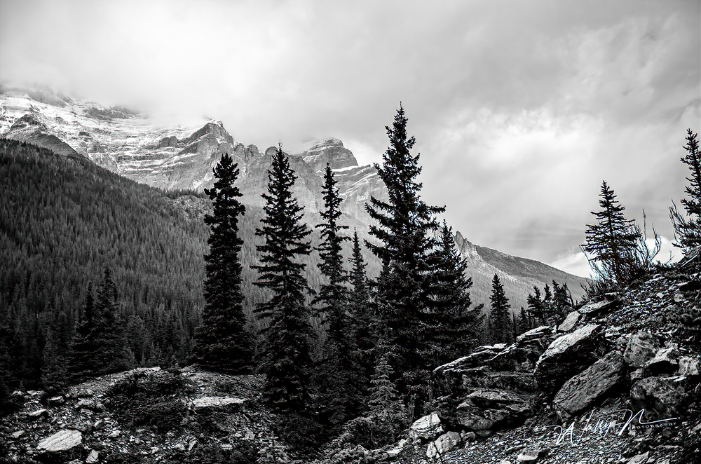 Moraine Lake Storm Clouds_DSC_5278
