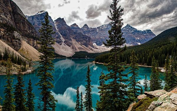 Morain Lake Panorama - Home - Walter Nussbaumer Photography