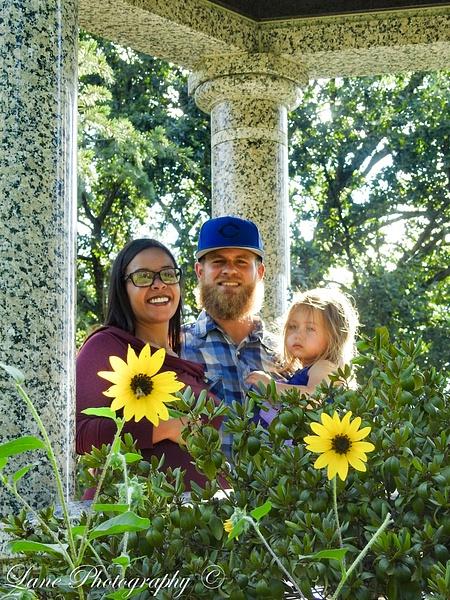 Nikki, Eric, Layla 08012-0812 - Nikki Eric Layla - Lane Photography