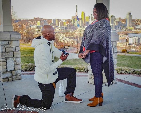 Alicia Chris 9360 (1 of 1) - Proposal - Lane Photography