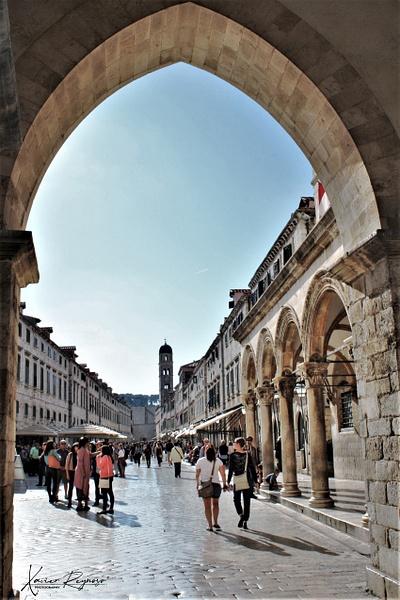 Croatia street walk - Europe - ImageN8