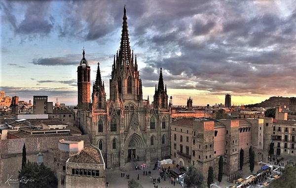 Bacilica of Barcelona - Home - ImageN8