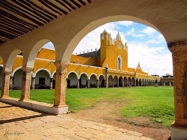 Izamal convento - Home - ImageN8