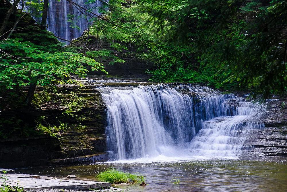 Buttermilk Falls US0064)