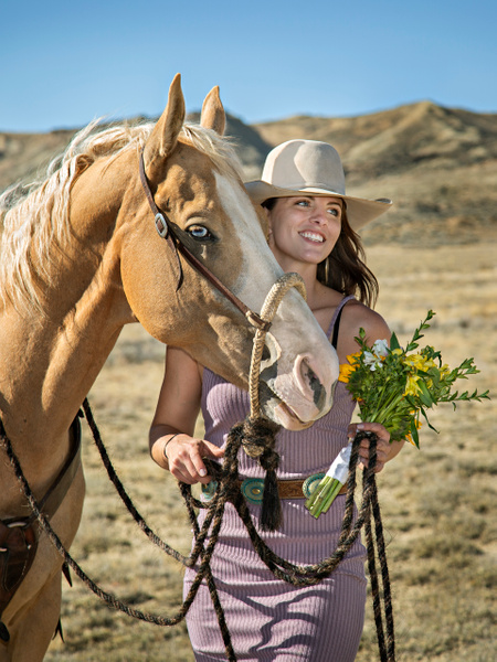 Western Bridesmaid - Portfolio - Lightweaver Photography