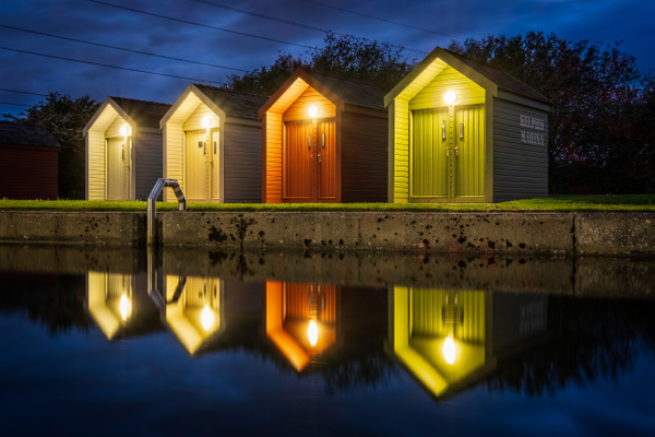 Shed Some Light - Urban and cityscape photography