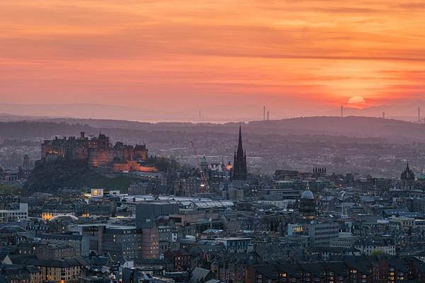 Edinburgh Embers - Urban and cityscape photography