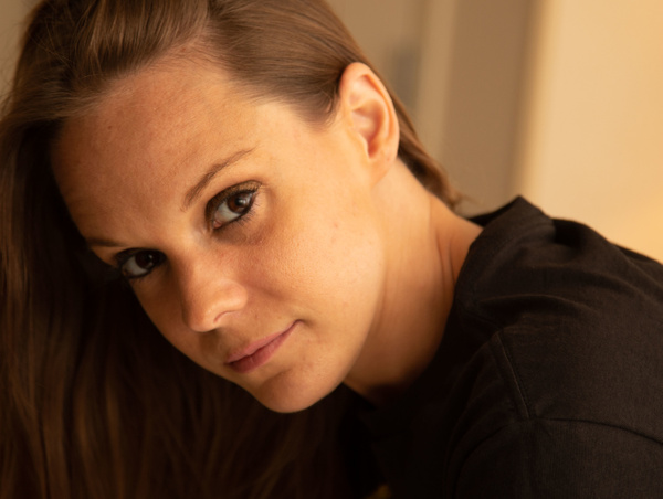Justine_Rittman_eyes_brunette_brown_headshot_Stonybrook_NY_ - Portraits - Matt West Photography