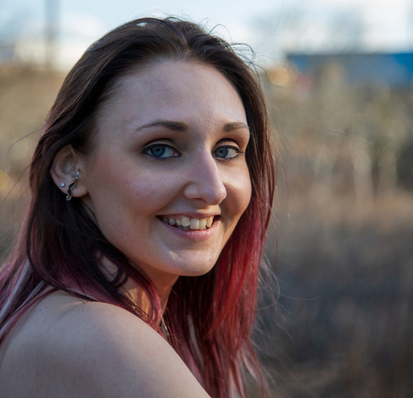 karie_KarieA_Austin_blueeyes_smile_redhair_outside_portrait_Shirley - Portraits - Matt West Photography