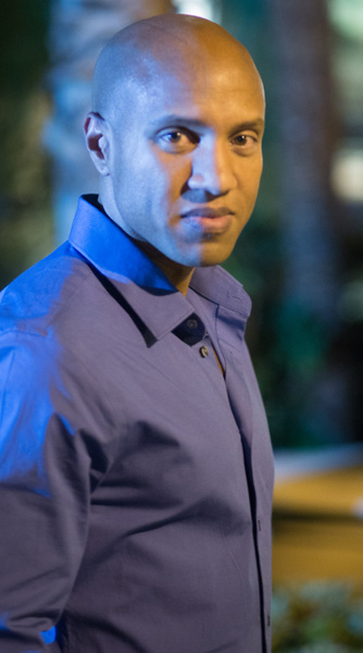 Man_black_blue_bald_dressshirt_malemodel_lasvegas_lighting_outside - Models - Matt West Photography