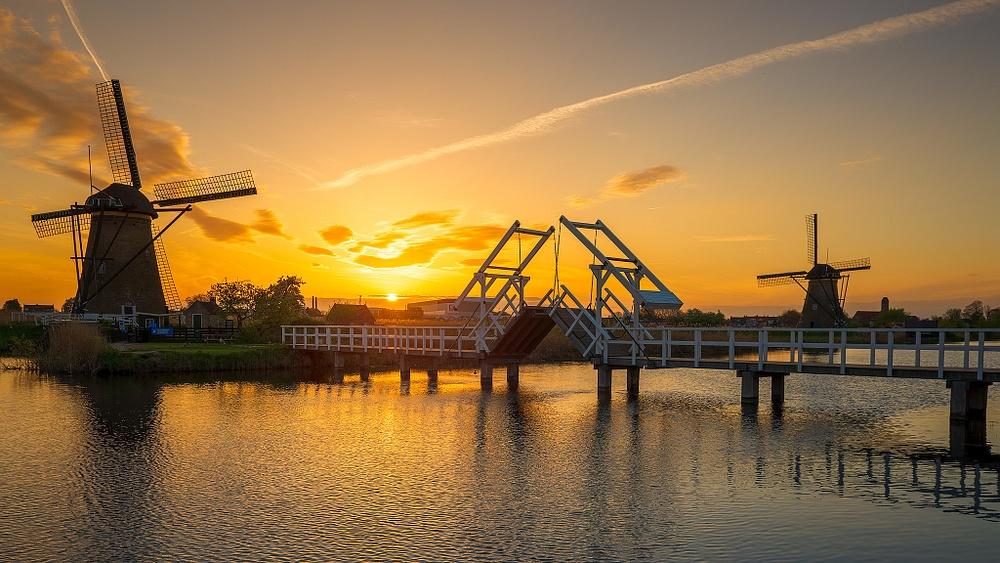 Hollande-moulin-Sunset