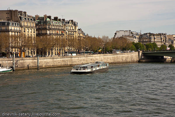 Paris-(252-of-330) by Sergey Kokovenko
