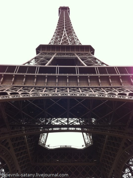 iPhonePhoto_Paris_(17_of_33) by Sergey Kokovenko