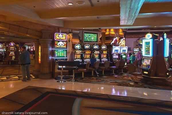 USA: Las Vegas by Sergey Kokovenko by Sergey Kokovenko