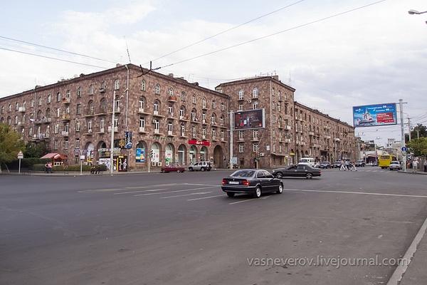 Erevan_10_2012-012 by vasneverov