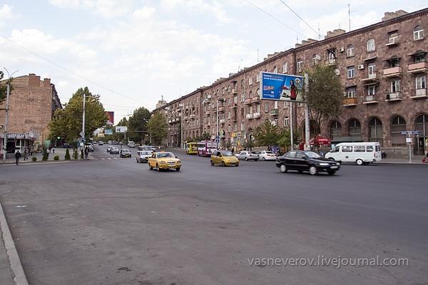 Erevan_10_2012-014 by vasneverov