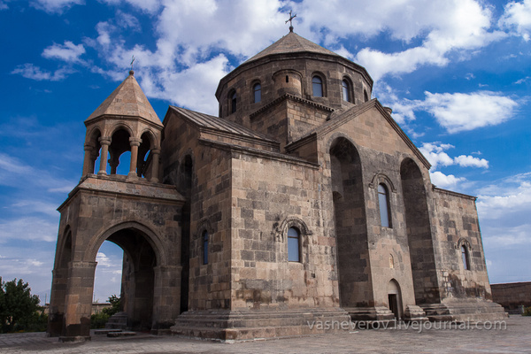 Erevan_10_2012-239 by vasneverov