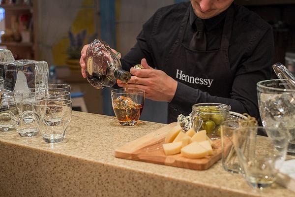 Hennessy_14 by vasneverov