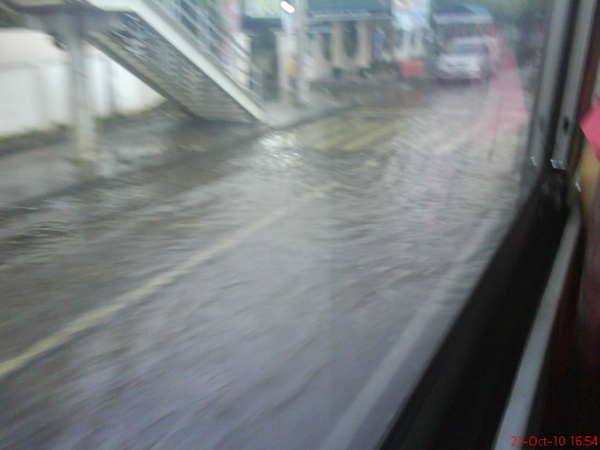 Flood in Dagupan City | 2010 by krris3D by krris3D