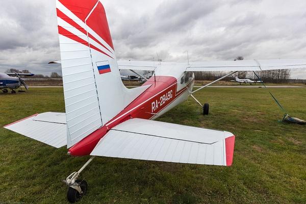 Cessna-180 by IgorKolokolov